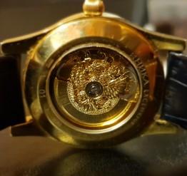 Золотые эксклюзивные часы 750 пробы объявления